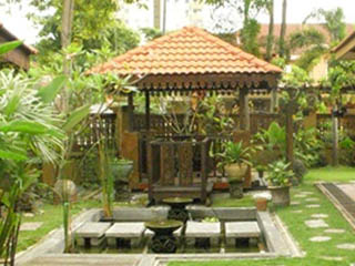 balinese-style-home