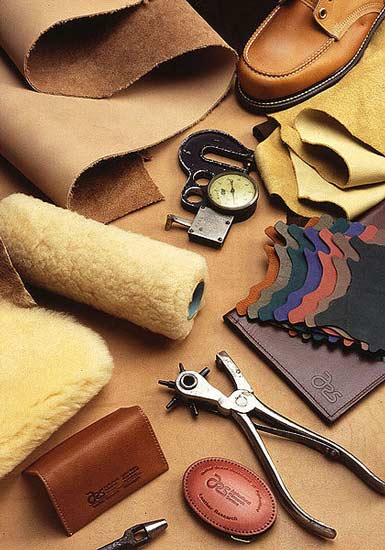 Leather-furniture-manufacturer