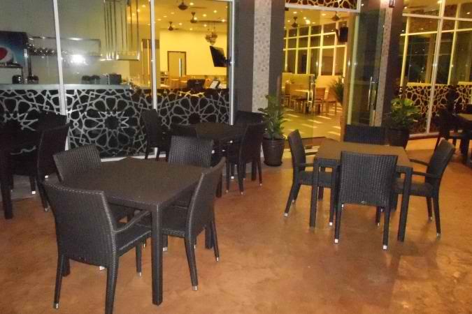 restaurants furniture Dima Restaurant PANAMA ARM CHAIR - PANAMA BAR TABLE - PANAMA BAR TABLE