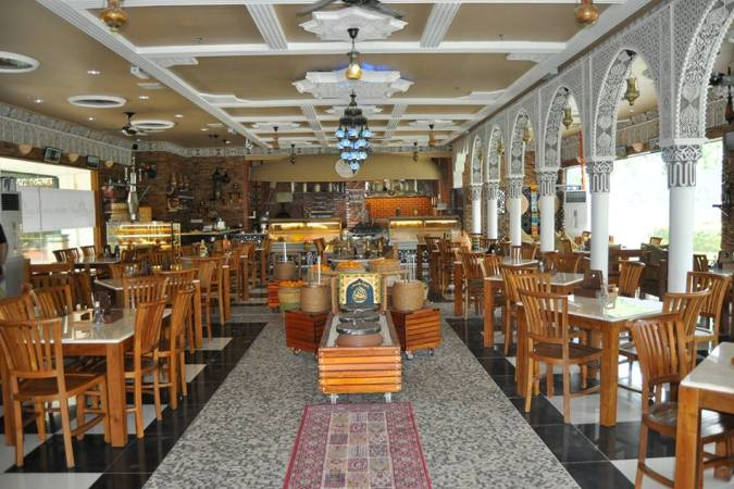 restaurants furniture Al Qasr Restaurant KOORG MARBLETOP TABLE - CONCORDE CHAIR