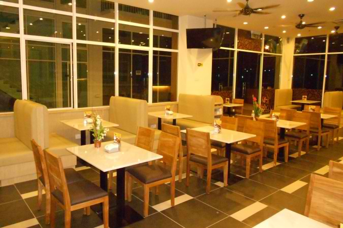 arab-restaurant-damansara-furniture.jpg