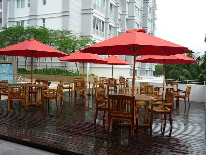 condominiums furniture Upper East Condominium TIARA STACKING CHAIR - COMMERCIAL 250 UMBRELLA