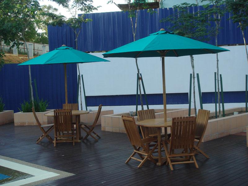 condominiums furniture Gardenview Residence FLORENCE FOLDING CHAIR - TIARA ROUND TABLE