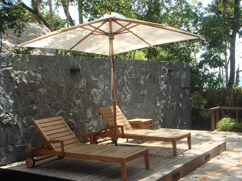 hotels furniture THE DATAI, LANGKAWI SQUARE TEAK UMBRELLA - FLORENCE SUNLOUNGER