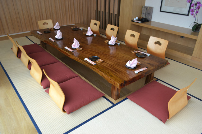 japanese-low-table-furniture.jpg