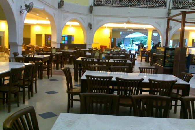 restaurants furniture Al Rawsha Restaurant KOORG MARBLETOP TABLE - CONCORDE CHAIR