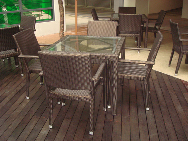 restaurants furniture Overseas Cafe HAWAII ARM CHAIR - PANAMA GLASSTOP TABLE