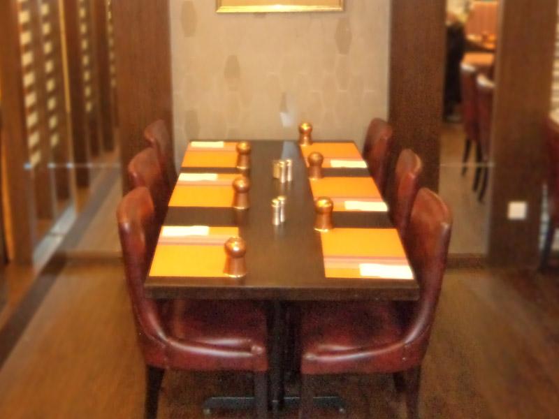 restaurants furniture Gems Klang VIP CHAIR - PUBLIKA DINING TABLE