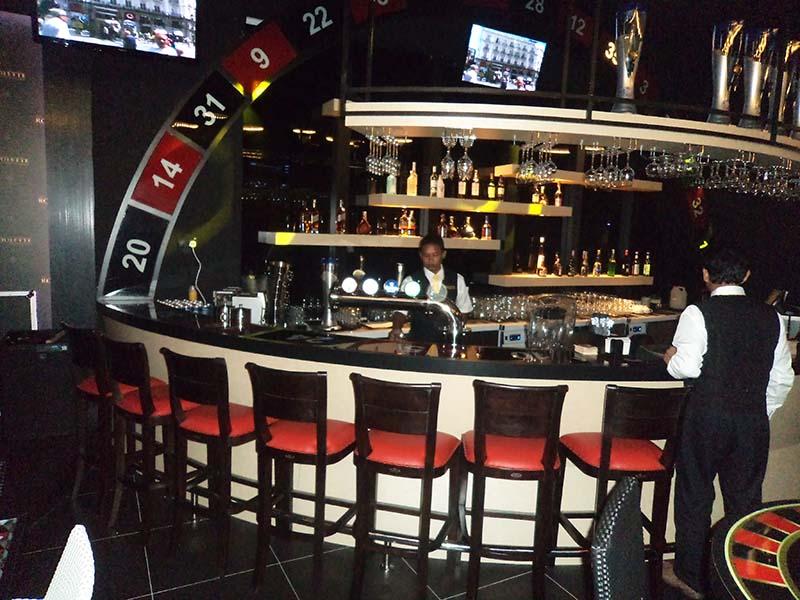 restaurants furniture ROULLETTE VERON BAR CHAIR - VERON BAR CHAIR
