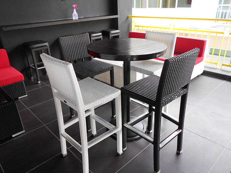 restaurants furniture ROULLETTE PANAMA BAR CHAIR - SETIA ROUND BAR TABLE