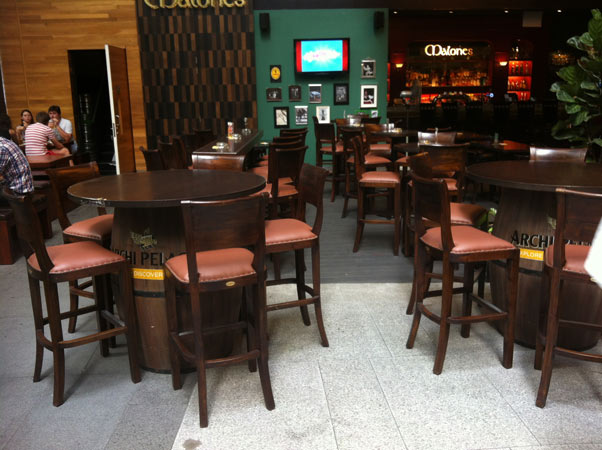 singapore-bar-chair-furniture.jpg