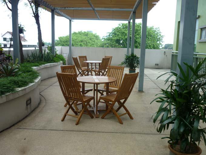 condominiums furniture Etiara - Service Apartments TIARA FOLDING CHAIR - TIARA ROUND TABLE