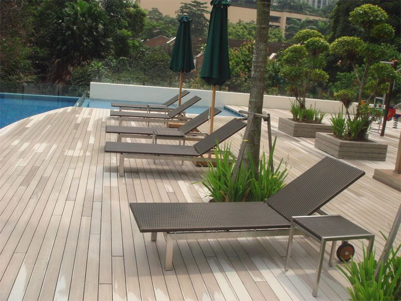 product using Stainless Steal + Wicker material
